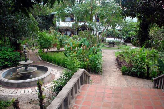 courtyard (c) Clarice Fong